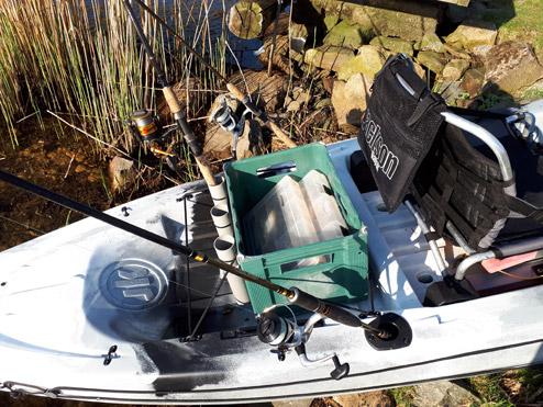 Za sedačku se hodí dát bednu na rybářské krámy
